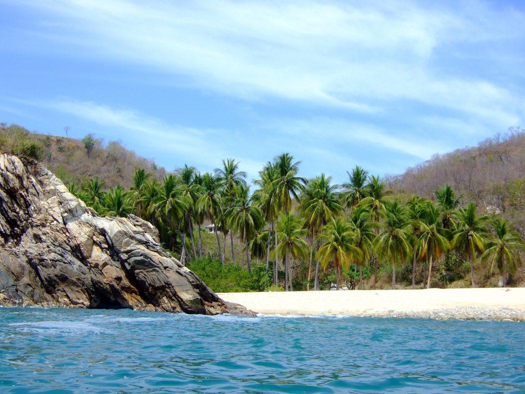 Playa La Boquilla, Puerto Ángel, Oaxaca best-mexico-beaches-puerto-angel-GettyImages-182560536