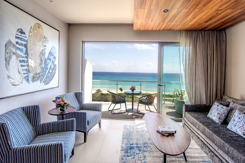 2_King-Ocean-View-Living