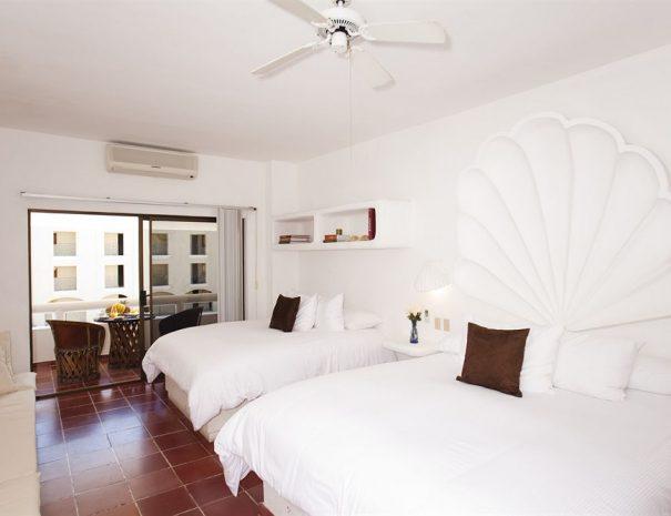 Bahia-Hotel-Beach-Club-2