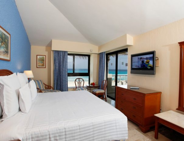 Barcelo-Tucancun-Beach-room