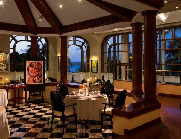 Fiesta-Americana-Grand-Coral-Beach-restaurant