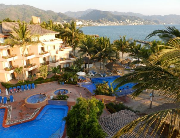 Friendly-Vallarta-Beach-Resort-Spa-2