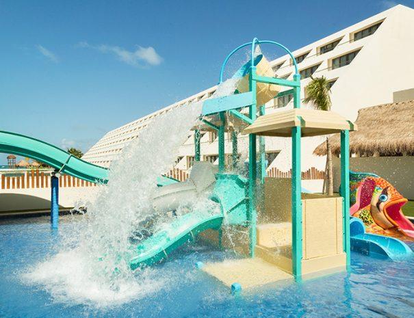 Hyatt-Ziva-Cancun-Kidz-Club-Pool-1085337