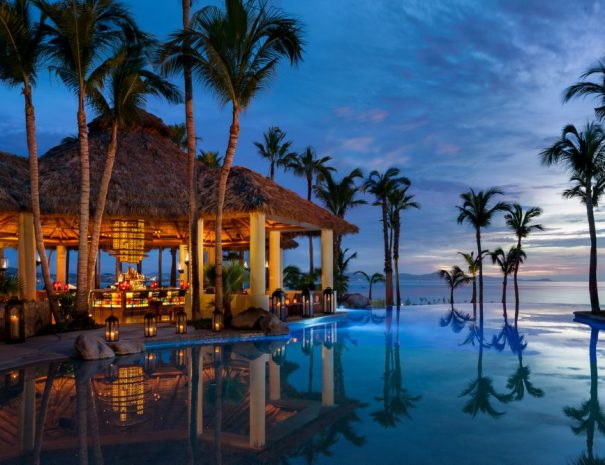 OneOnly-Palmilla_Agua-Pool-Bar-1