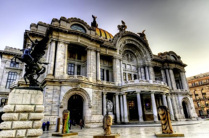 Palacio_de_Bellas_Artes_en_Mexico-копия