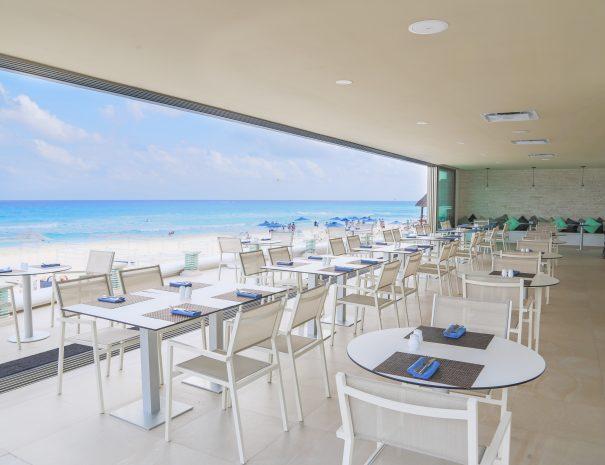 Sandos_Cancun_Rest_StTrop_13