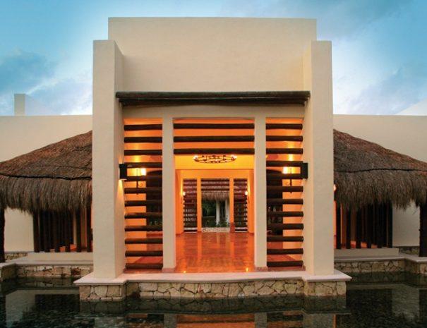 Valentin-Imperial-Maya-Resort-Spa-COVER1