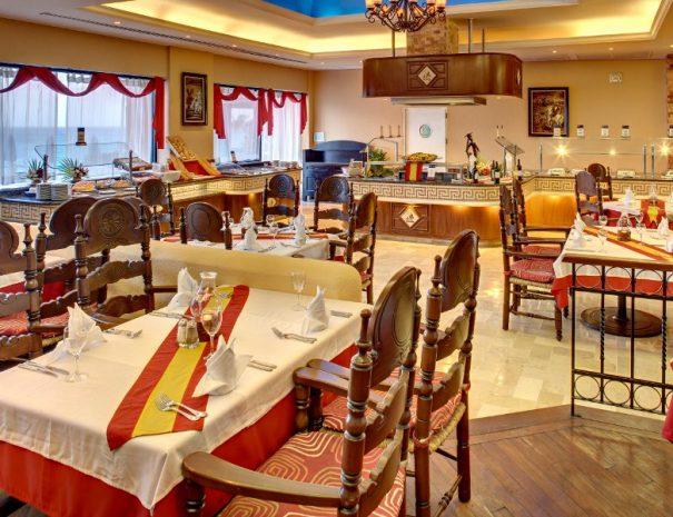restaurant-4-hotel-barcelo-tucancun-beach25-28184