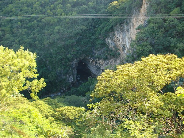 Grutas-de-Cacahuamilpa-e1411672450964